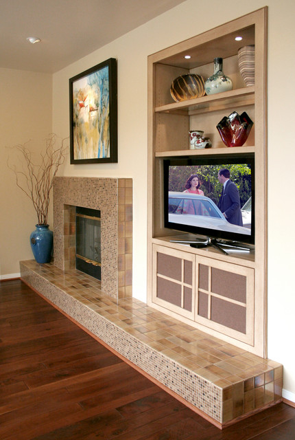 CUSTOM FIREPLACE & CABINET transitional-family-room