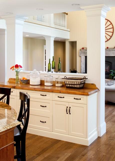 Custom home Groton MA traditional-family-room