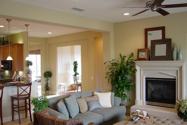 Del Webb Lincoln Hills traditional-family-room