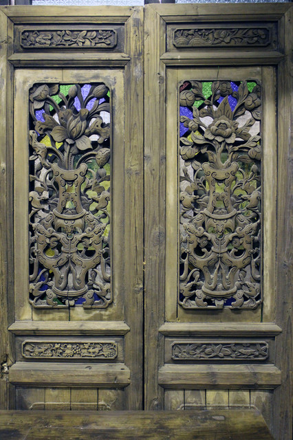Design ideas chinese antique doors shanghai green for Antique door decoration