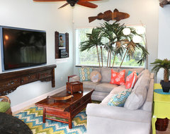 Vero Beach Florida - White Surf Oceanfront Home asian-family-room
