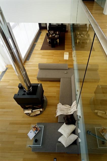 Do House contemporary-family-room