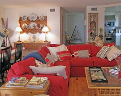 Beach eclectic family room