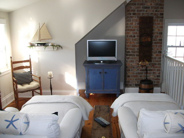 Seaside TV loft eclectic media room