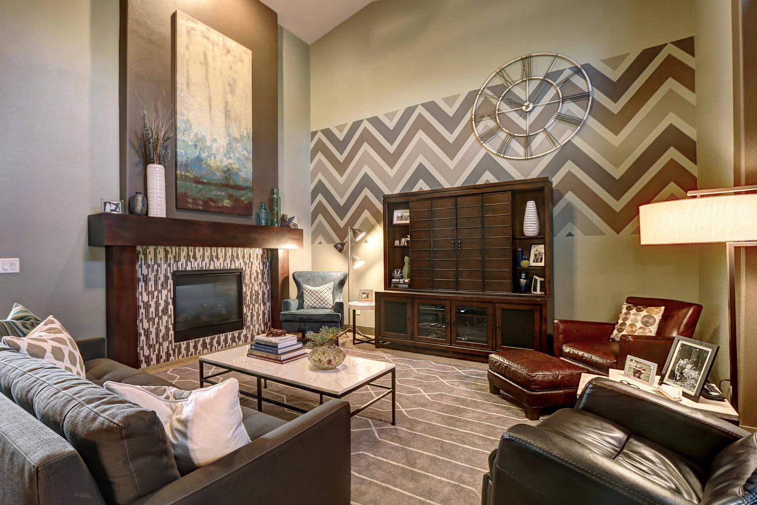 Eclectic Mid-Century Modern Family Room