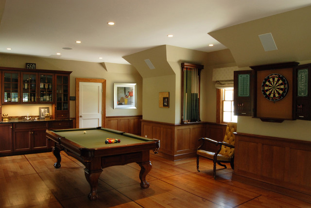 English country home traditional-family-room