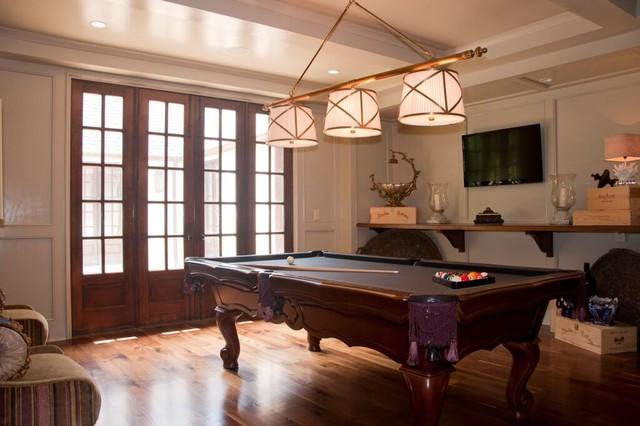 english modern traditional family room