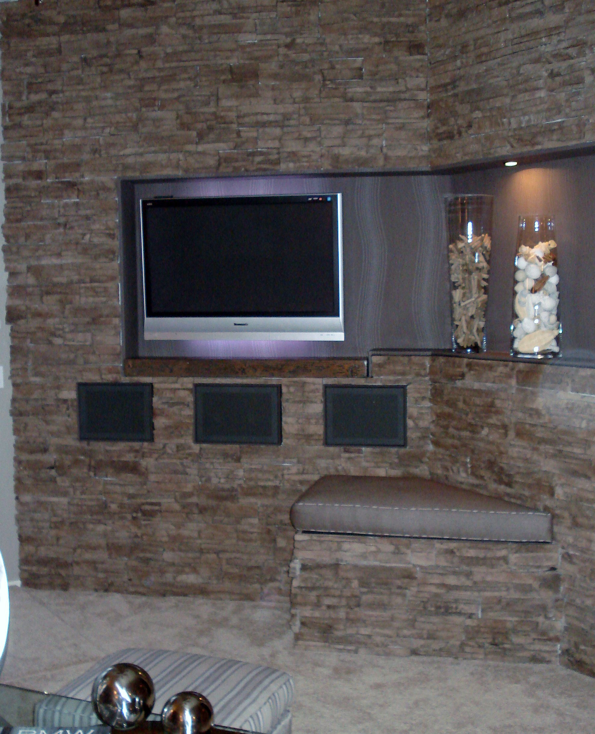 Entertainment wall & Family room