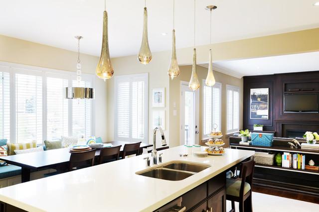 Family Functional modern-family-room