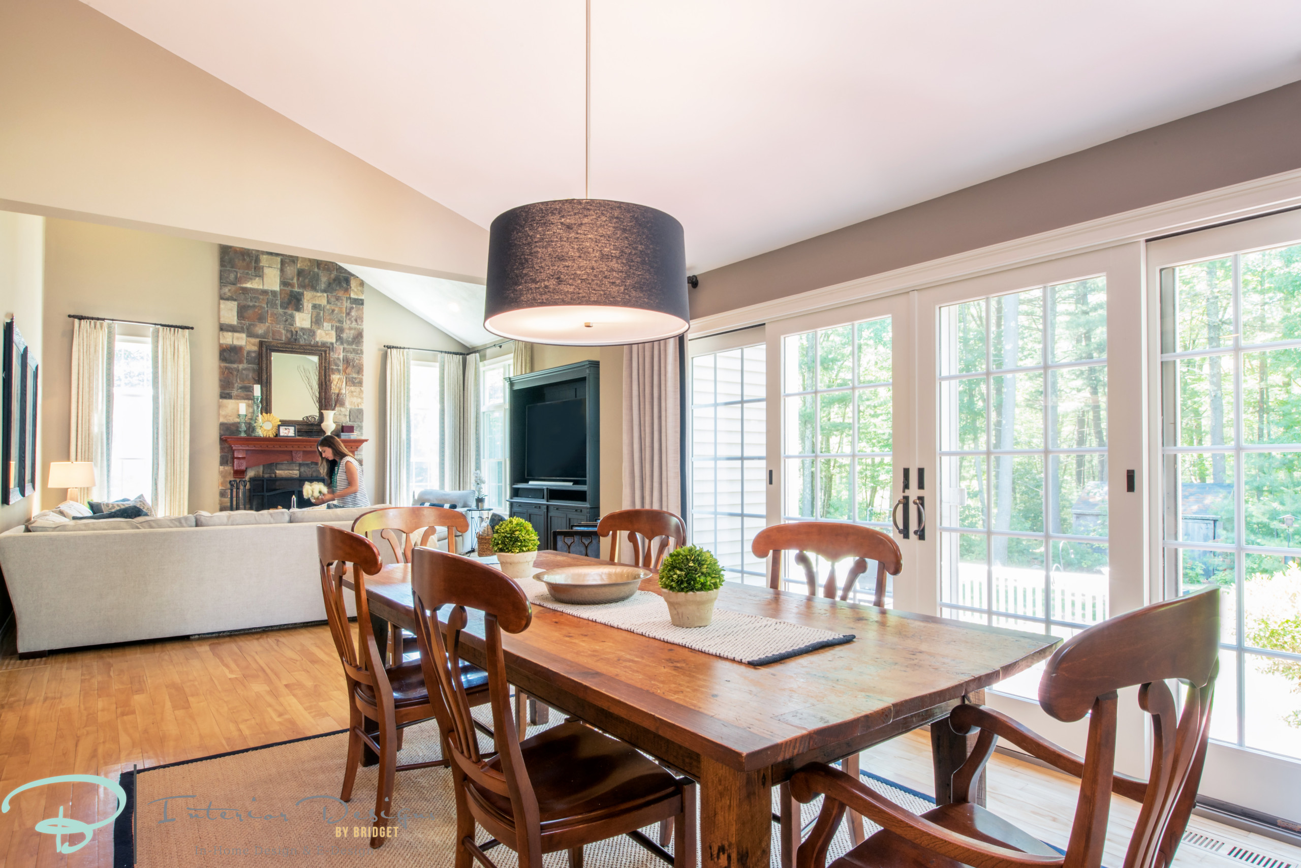 Family Room and Eat in Kitchen