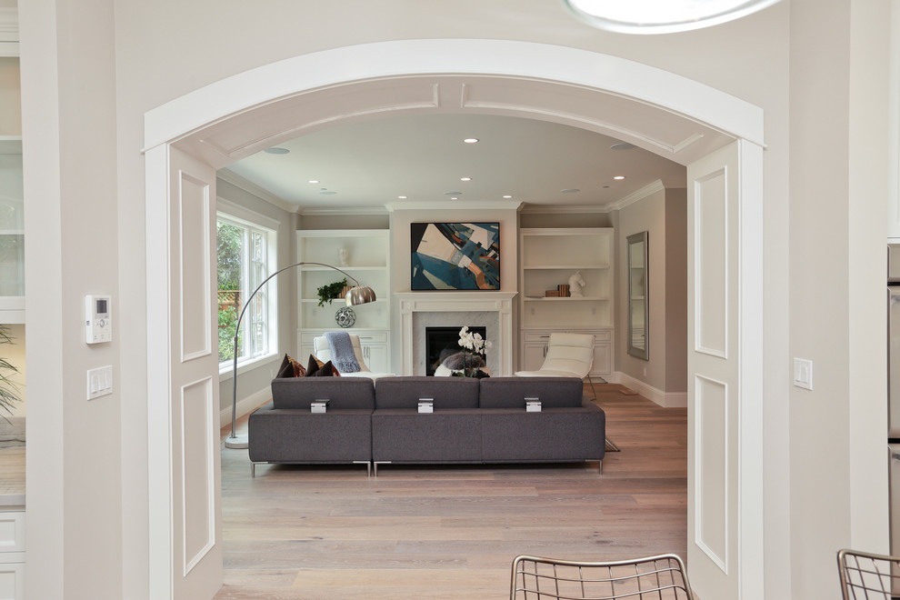Beach style family room photo in San Francisco