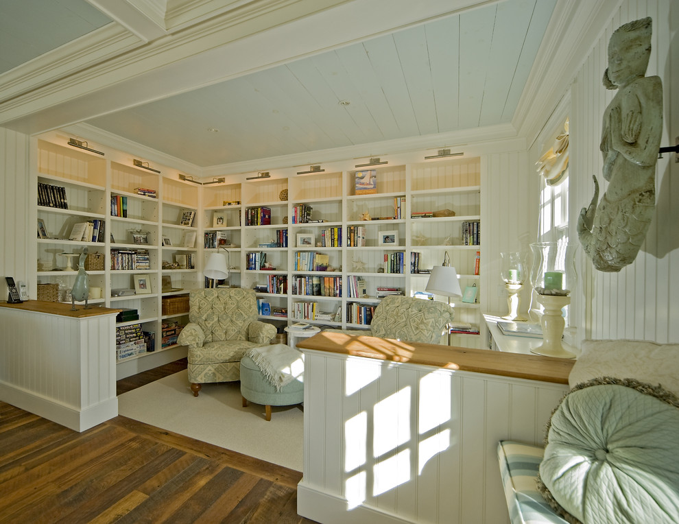 Example of a classic family room design in Boston