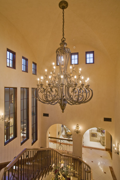 Can You Tell Me About The Chandelier Including Size And