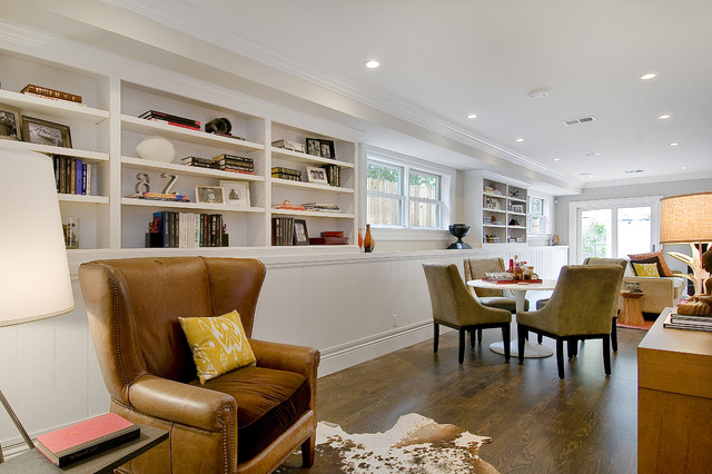 Example Of A Clic Family Room Design In San Francisco