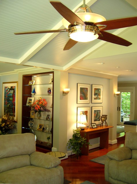 family room gallery walls with ceiling fan brazilian cherry wood modern family. Black Bedroom Furniture Sets. Home Design Ideas