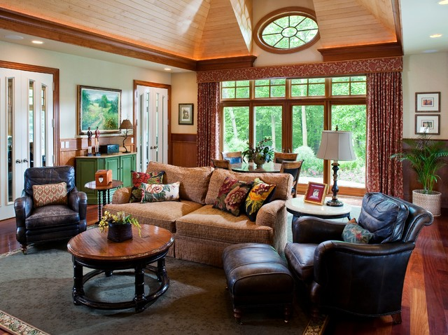 Family room - traditional family room idea in Minneapolis