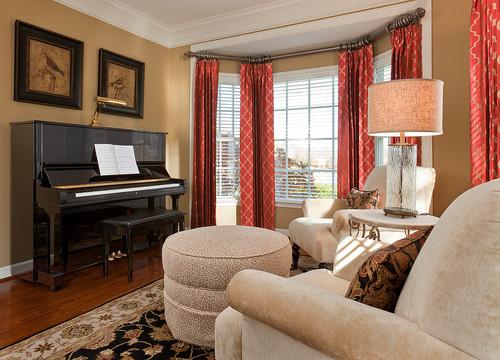 Traditional Family Room Interior Design
