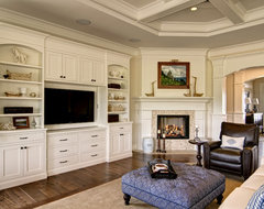 Farinelli Construction Inc traditional-family-room