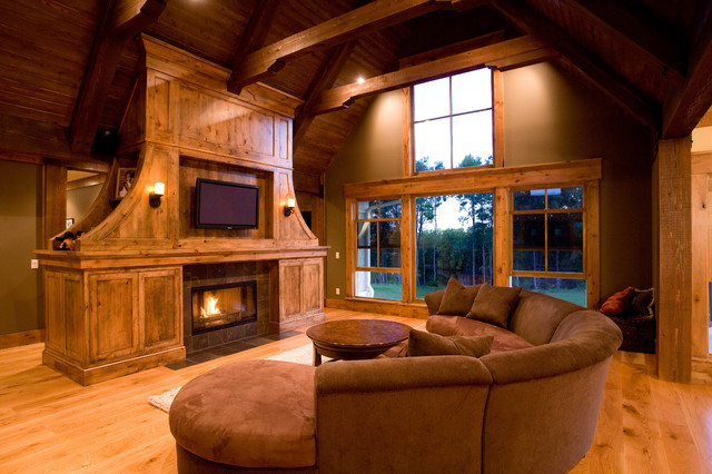 Mill Creek Ridge Farmhouse traditional family room
