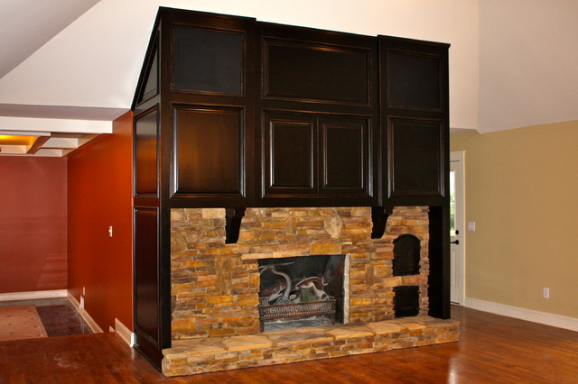 Fireplaces traditional-family-room