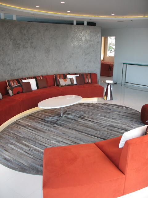 Fontana contemporary family room