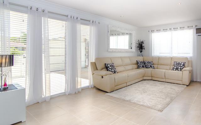 For sale houses interiors modern family room for Modern family home for sale