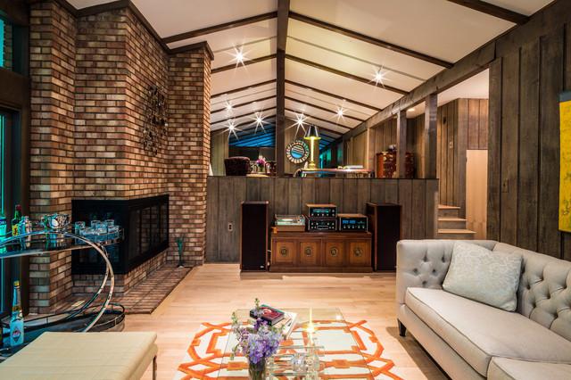 Frank Lloyd Wright Inspired House modern-family-room