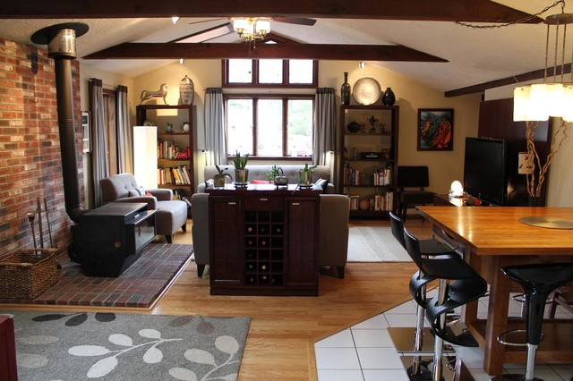 Frank lloyd wright inspired room eclectic family room for Frank lloyd wright interior designs