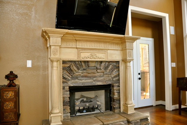 Franklin Mantel traditional-family-room