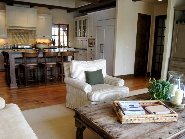 how to say family room in french