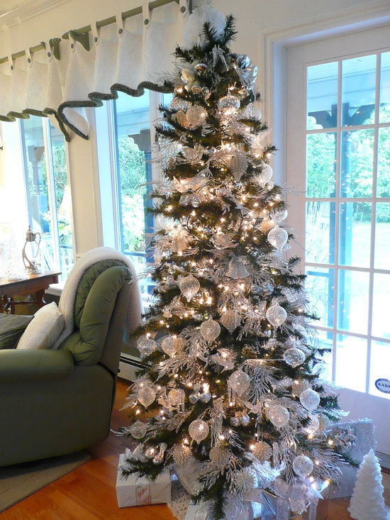 Decorating Ideas > White And Silver Christmas Tree Home Design Ideas  ~ 213040_Houzz Christmas Decorating Ideas