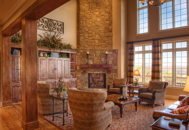 Gabriel Builders traditional family room