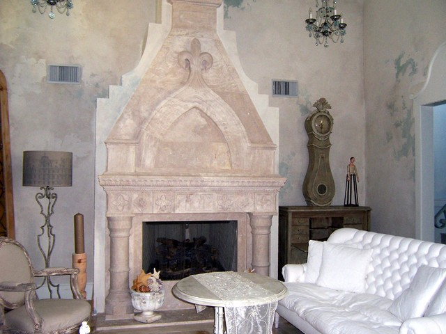 Galveston House mediterranean-family-room