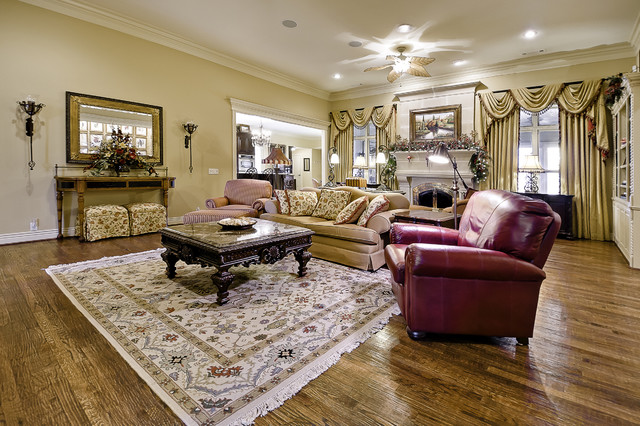 Great room traditional family room little rock by for Little rock custom home builders