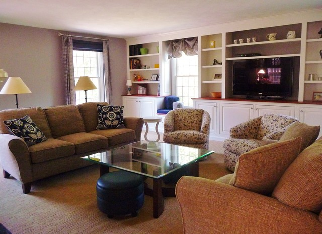 Groton family friendly living room for Large family living room