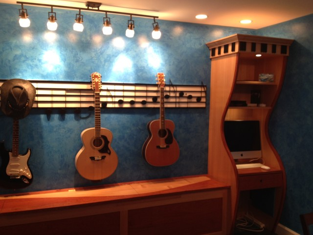 Incroyable Guitar Storage/Music RoomTransitional Family Room, DC Metro