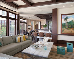 Harbor Point tropical-family-room