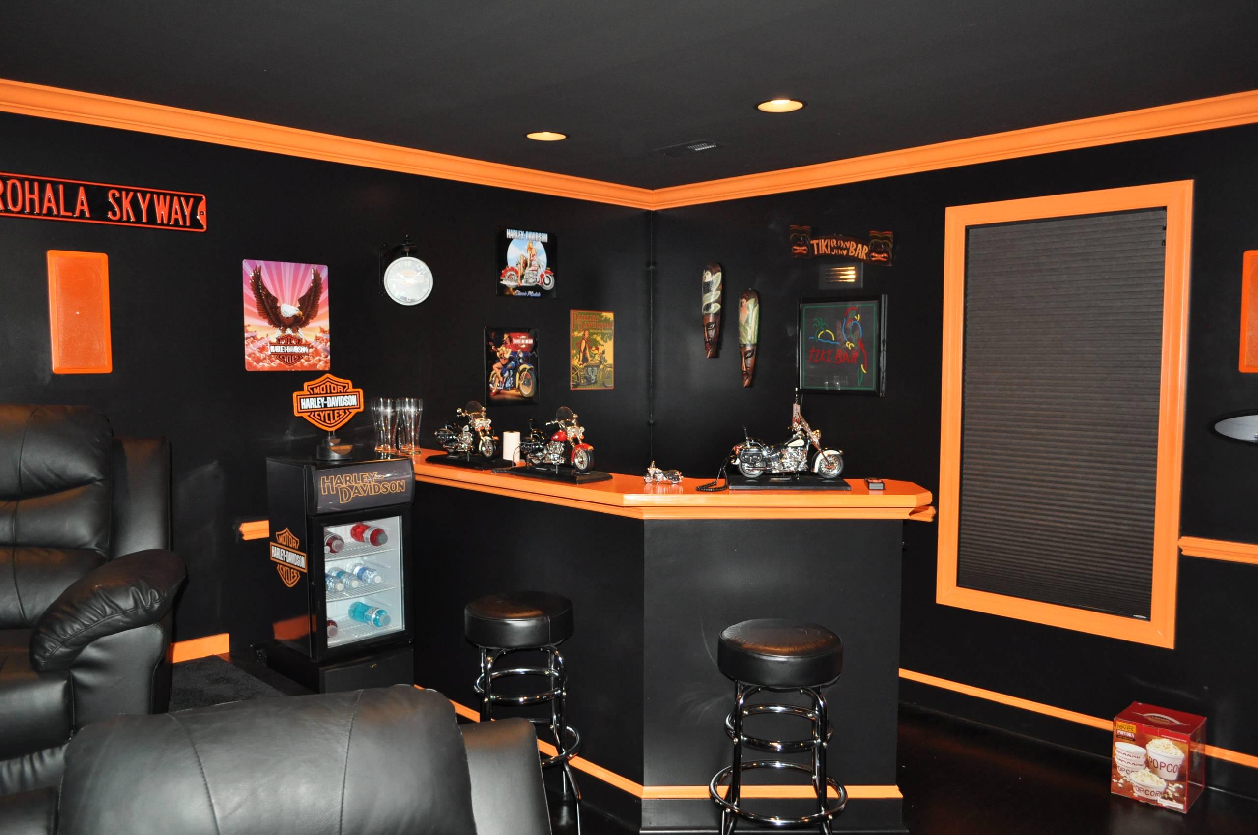 Harley Davidson Themed Bar Houzz