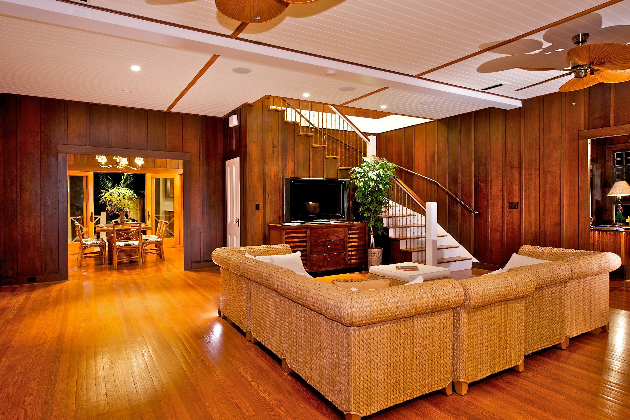 Hawaii Calls Living Room/Dining