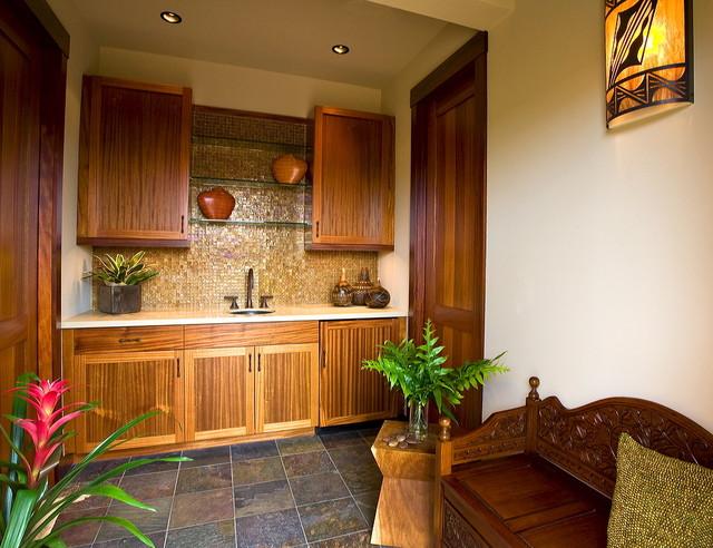 Hawaiian Cottage Style Tropical Family Room Hawaii