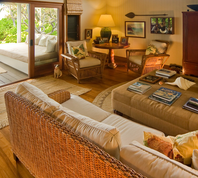 hawaiian cottage style traditional family room