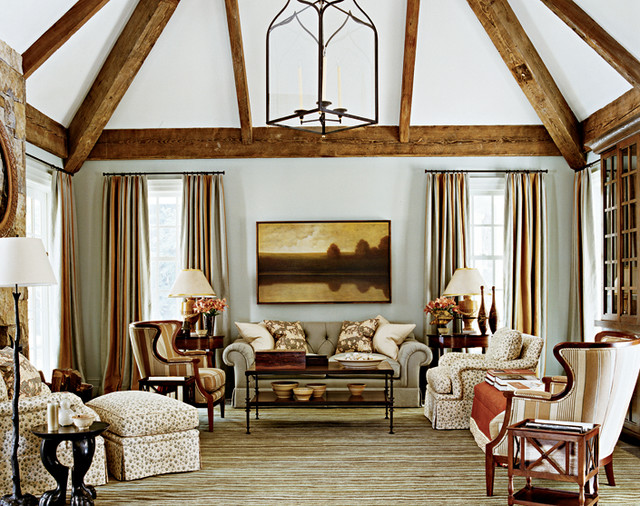 HDA Project 907 traditional-family-room