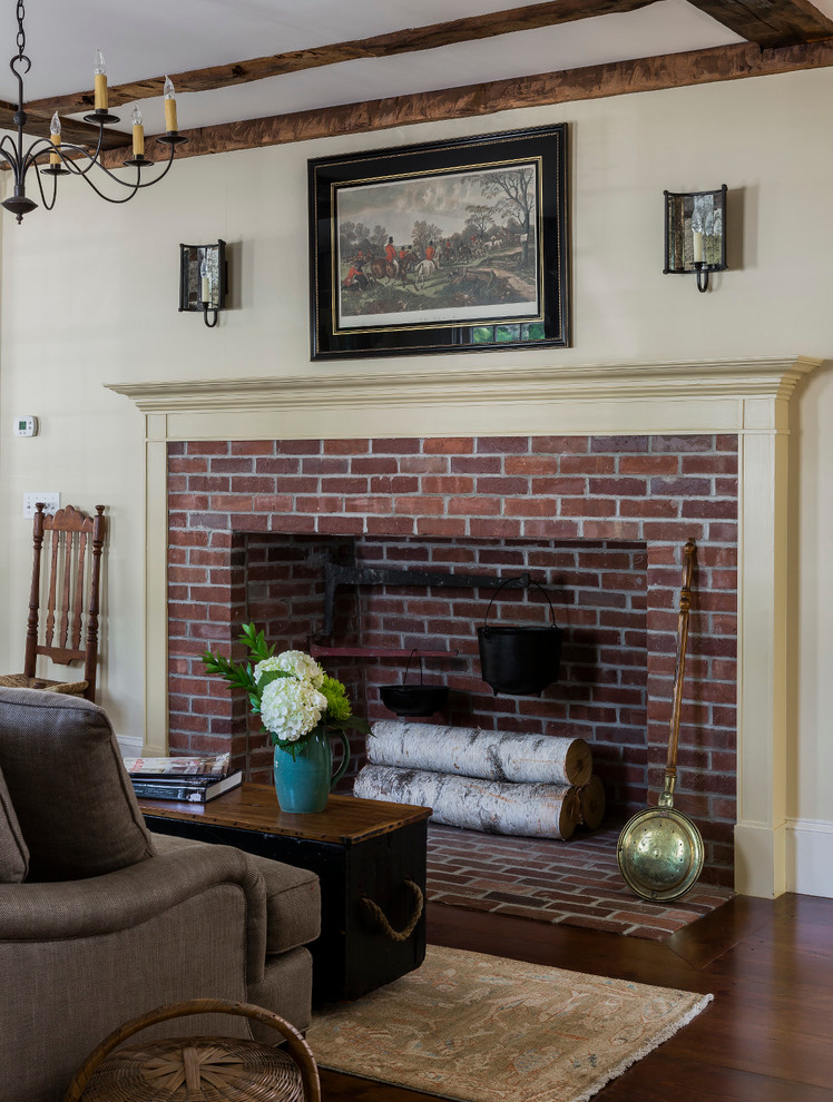 Inspiration for a timeless family room remodel in Boston
