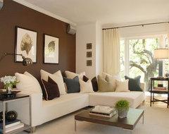 Hollywood Hills Retreat modern-family-room