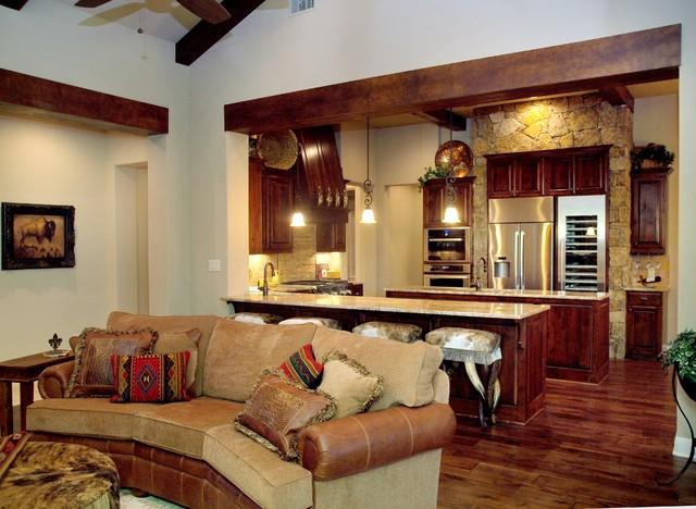 Horseshoe Bay traditional-family-room