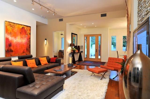 House on Bonita Court Sarasota FL modern-family-room