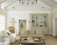 Huestis Tucker Architects, LLC traditional family room