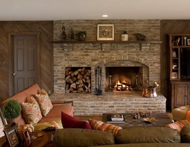 Hunter's Creek Farm traditional-family-room
