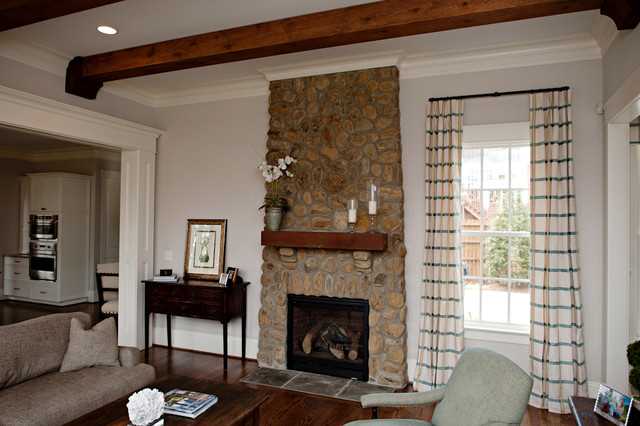 Idlewood Residence transitional-family-room