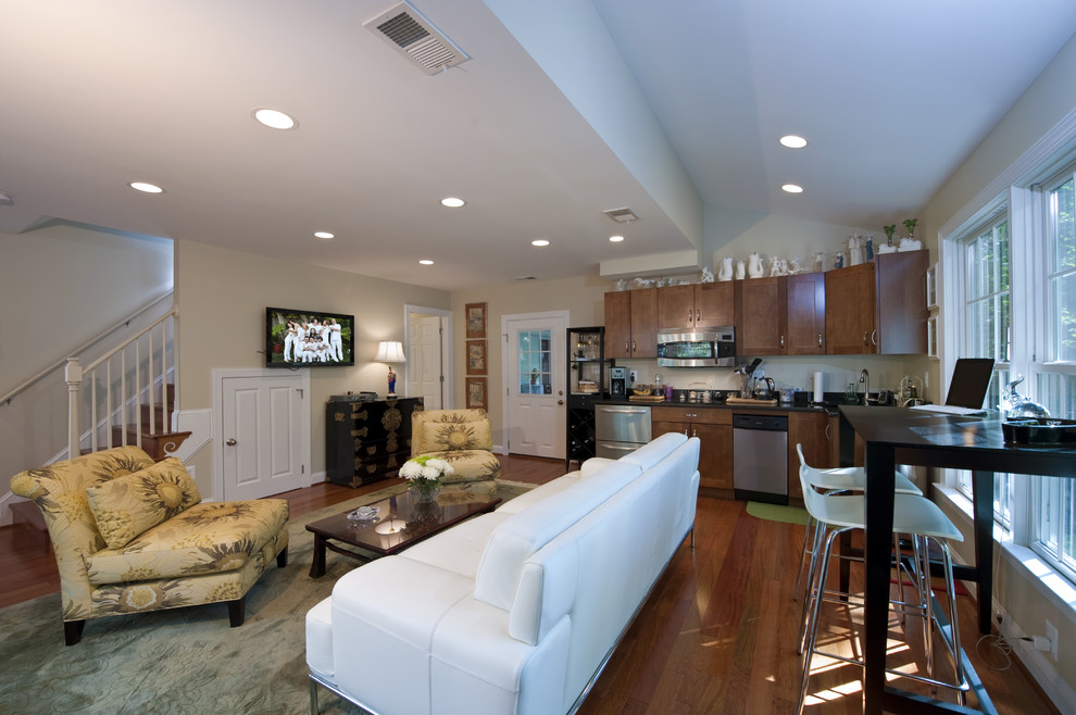 In Law Suite Addition Traditional Family Room Dc Metro By Moss Building Design Houzz